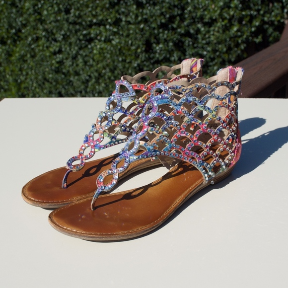06ec6ff67eb7ba Zigi Soho Shoes | Melaa Jewel Cut Back Zip Thong Sandal 8 | Poshmark